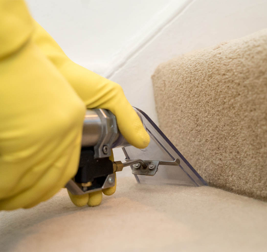 hot water extraction carpet cleaning of staircase carpet
