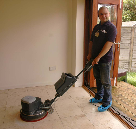 cleaner with a hardfloor cleaning machine